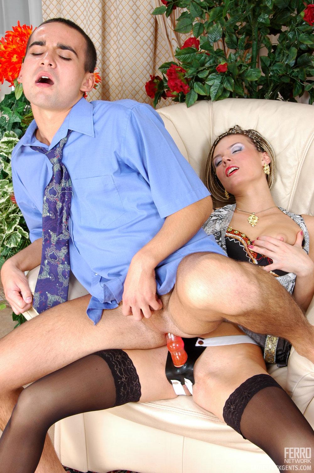 ПОРНО ВИДЕО С БРЮНЕТКАМИ: секс клипы и трах девушек с ...
