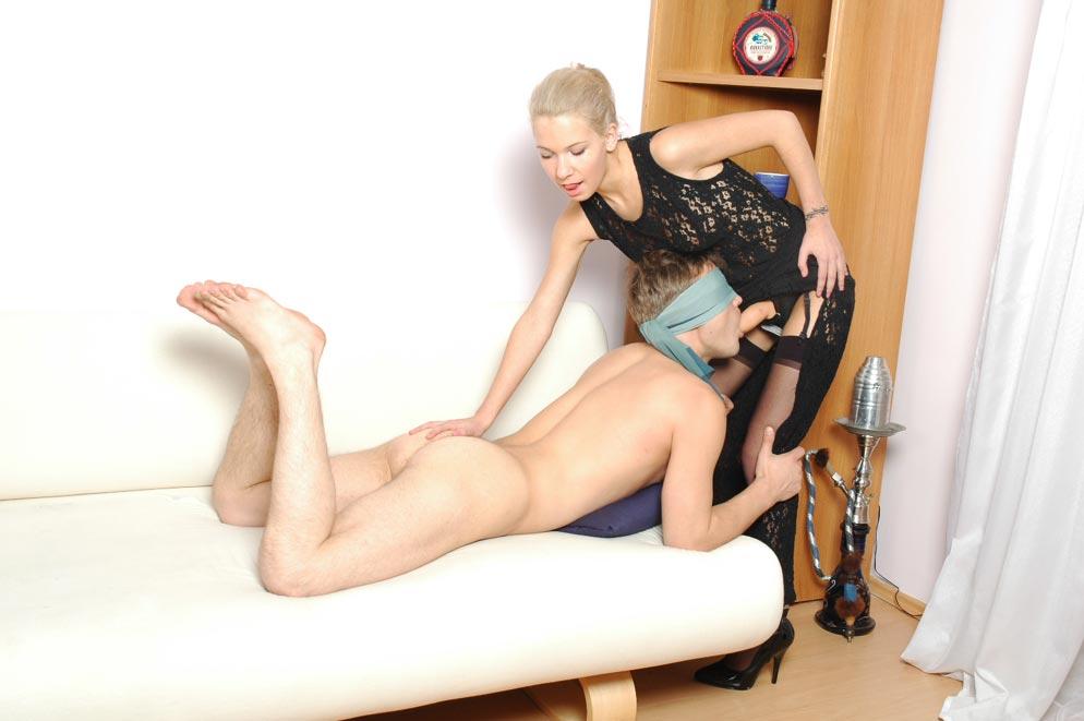 2 Girls in Windel Mit Strapon Ii  Kostenlose Pornovideos